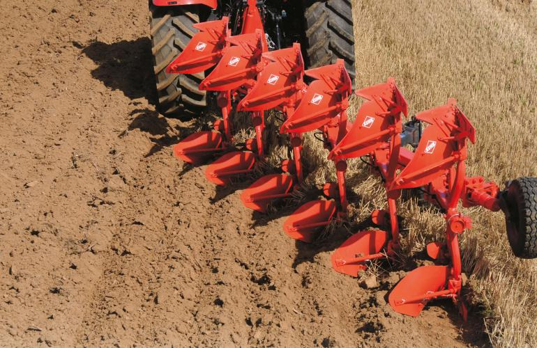 Multimaster 153 Plow in action